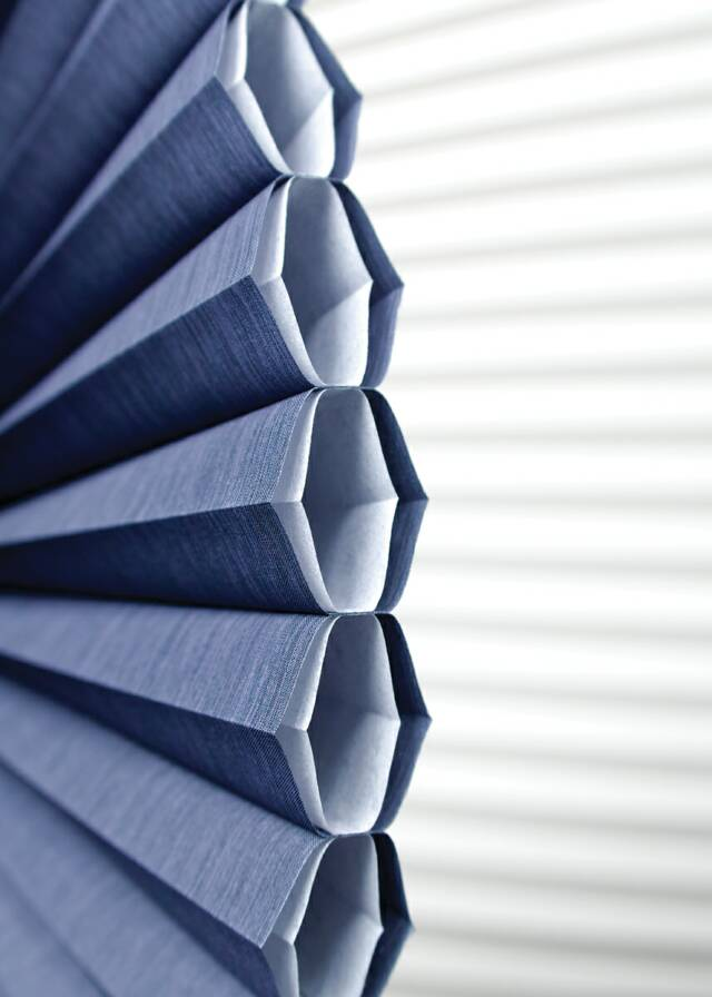 Cellular honeycomb window shades