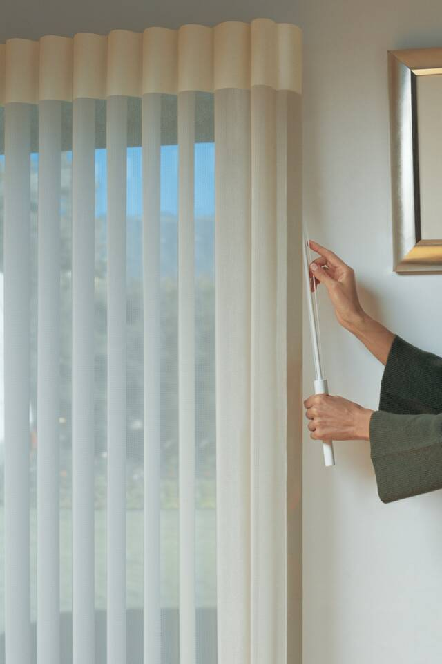 Shop-At-Home Dealer for custom made Hunter Douglas Window Treatments Seacoast NH